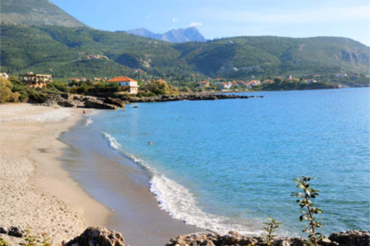 Nikoloudi Estate - Beach
